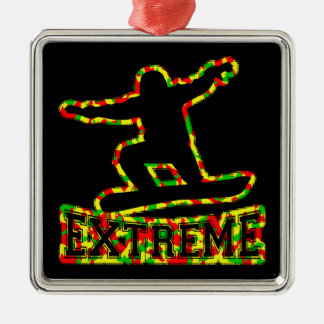 HOHLER EXTREMER SNOWBOARDER IN RGY CAMOUFLAGE SILBERNES ORNAMENT
