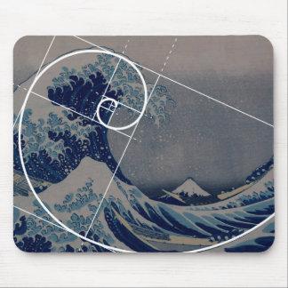 Hokusai trifft Fibonacci, goldenes Verhältnis Mousepads