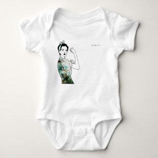 Holen Sie ihm Rosie das Nieteneinschläger-Baby Baby Strampler