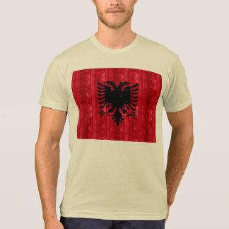 Hölzerne albanische Flagge T-shirt