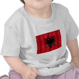 Hölzerne albanische Flagge Hemden