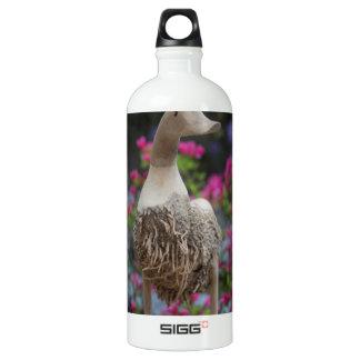 Hölzerne Ente mit Blumen Wasserflasche