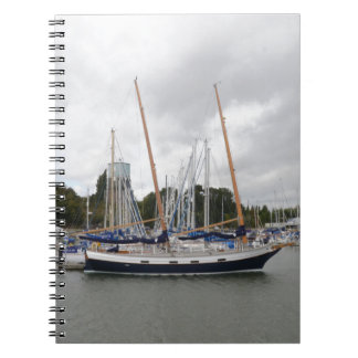 Hölzerne Yacht-Schleiereule Spiral Notizblock