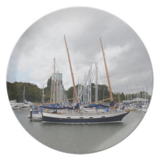 Hölzerne Yacht-Schleiereule Teller