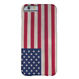 Hölzernes Muster mit gravierter USA-Flagge Barely There iPhone 6 Hülle