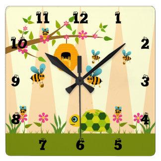 Honig bess und Schildkröte-Acryl-Wanduhr Quadratische Wanduhr