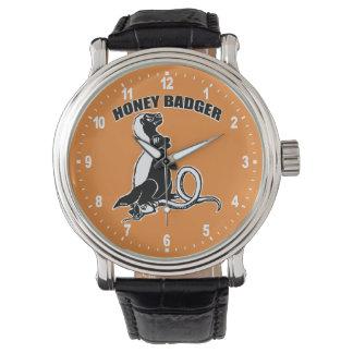 Honigdachs Uhr