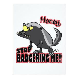 Honighalt, der mich lustiger Honigdachs belästigt Personalisierte Einladungskarten