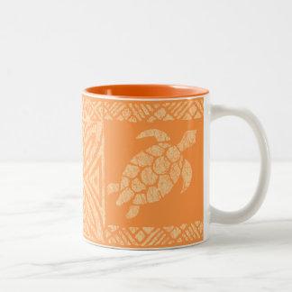 Honu Meeresschildkrötehawaiischer Tapa - Papaya Zweifarbige Tasse