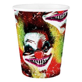 Horror-Clowncollage Halloweens creepy schlechte Pappbecher