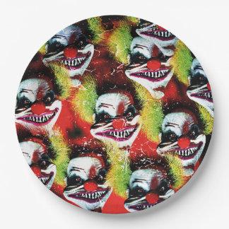 Horror-Clowncollage Halloweens creepy schlechte Pappteller