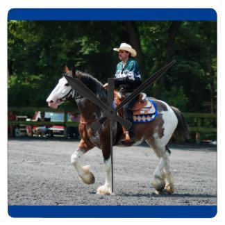 Howard County ehrlich im August 2011 Quadratische Wanduhr
