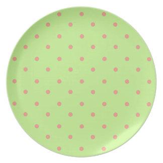 Hübsche-Dottie _New-Green_Coral_Dots (c) Melaminteller