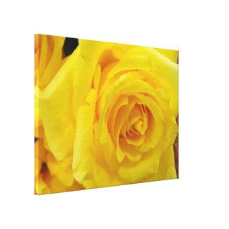 hübsche gelbe Rosen-Blume Leinwanddruck