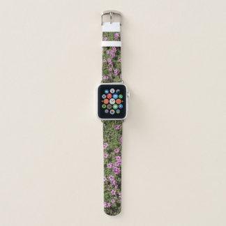 Hübsche kleine lila Blumen Apple Watch Armband
