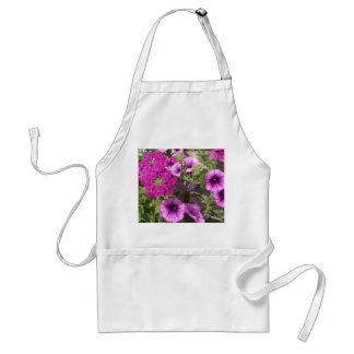 Hübsche Petunien und Blumen Schürze