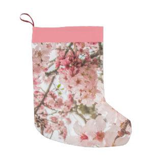 Hübsche rosa Kirschblüten - Kleiner Weihnachtsstrumpf