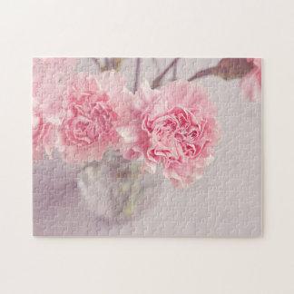 Hübsche rosa Pfingstrosen im Glasvase Puzzle
