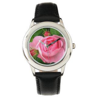 Hübsche rosa Rose Armbanduhr