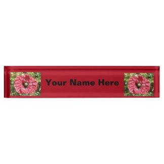Hübsche rote Mohnblumen-Blumen-makro Schreibtischplakette