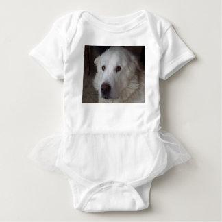 Hübscher große Pyrenäen-Hund Baby Strampler