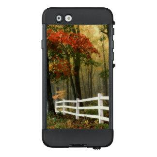 Hübsches Fall-und Herbst-Blätter und Farbtelefon LifeProof NÜÜD iPhone 6 Hülle
