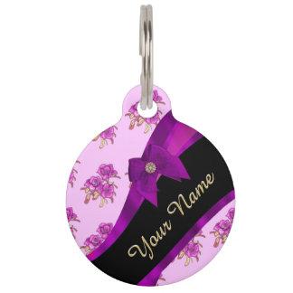 Hübsches malvenfarbenes lila Vintages Blumenmuster Haustiermarke