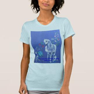 hübsches Pony mit den treibenden Blumenblättern T-Shirt