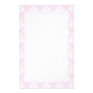 Hübsches rosa und weißes Muster. Damast Büropapiere