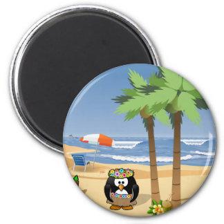 Hula Penguin auf Ferien-Cartoonillustration Runder Magnet 5,7 Cm