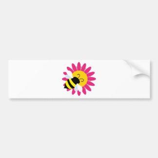 Hummel-Biene auf Blume Autoaufkleber