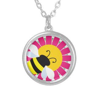 Hummel-Biene auf Blume Versilberte Kette