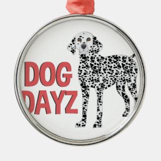Hund Dayz Rundes Silberfarbenes Ornament