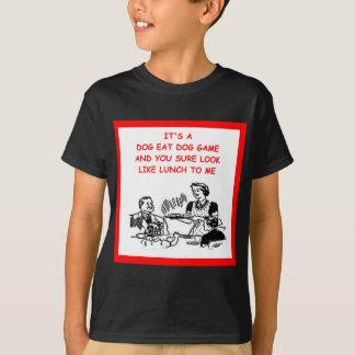 Hund essen Hund T-Shirt