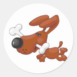 Hund mit ein Knochen-Aufklebern Runder Aufkleber