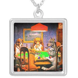 Hunde, die Poker ein Freund im Bedarf spielen Halskette Mit Quadratischem Anhänger