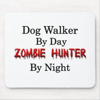 Hundewanderer/Zombie-Jäger Mousepad