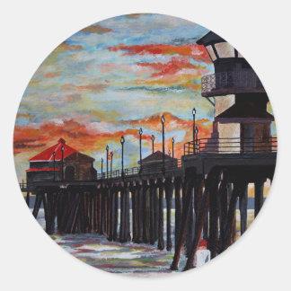 Huntington Beach Pier-Sonnenuntergang Runder Aufkleber