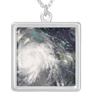 Hurrikan Gustav über Jamaika 2 Versilberte Kette