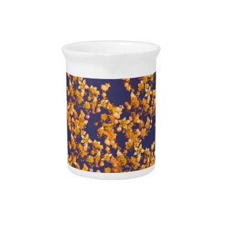 Hydrangeaorange und -marine getränke pitcher