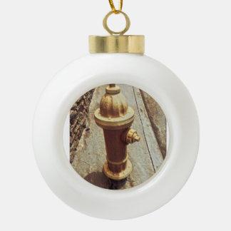 Hydrant Keramik Kugel-Ornament