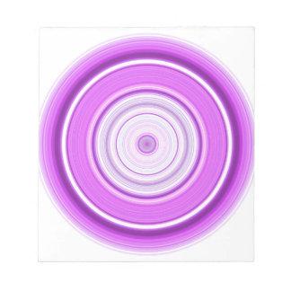 Hypnotischer Kreis lila Notizblock