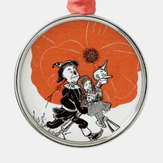 i111_edit Zauberer Rundes Silberfarbenes Ornament