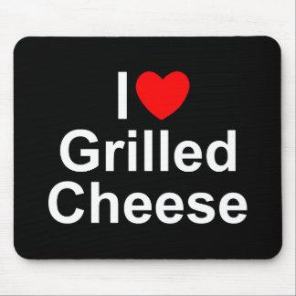 I gegrillter Käse der Liebe-(Herz) Mauspads