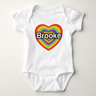 I Liebe Brooke: Regenbogenherz Baby Strampler