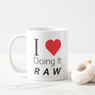 I Liebe, die es ROH tut - Fotograf versteht Kaffeetasse