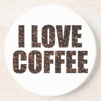 I Liebe-Kaffee in gebratenem Getränkeuntersetzer