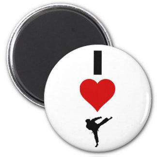 I Liebe-Karate (vertikal) Runder Magnet 5,7 Cm
