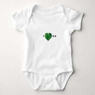 I Liebe NZ Onsie Baby Strampler