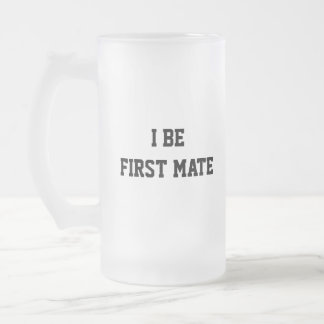 I seien Sie erster Kamerad. Schwarzweiss. Mattglas Bierglas